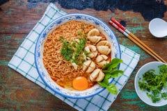 Тайская лапша стиля, kung Tom лапши yum с фрикаделькой говядины стоковое изображение rf