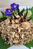 Тайская еда, зажаренный рис с шримсом и трава Стоковое Фото