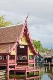 Тайская деревня берега реки стиля Стоковое фото RF