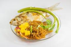 Тайская еда с лапшой стоковое изображение rf