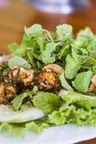 Тайская еда, тайский пряный семенить салат свинины Стоковое фото RF