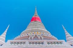 Тайская пагода на Phra Samut Chedi в Samut Prakan, Таиланде Стоковые Фотографии RF