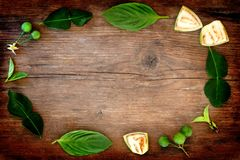 Тайская рамка овощей на предпосылке деревянного стола Стоковые Изображения RF