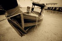 Тайская рыбацкая лодка стиля стоковая фотография