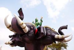 Тайская статуя бога и слона Стоковые Изображения RF