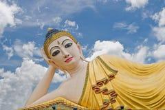 Тайская статуя Lanna Будды. Статуя Будды. Стоковые Изображения RF