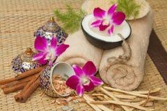 Тайская установка массажа курорта с эфирным маслом курорта Стоковые Фото