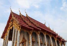 Тайская церковь стиля Стоковая Фотография RF