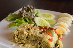 Тайские жареные рисы карри зеленого цвета цыпленка Стоковая Фотография RF