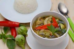 Тайские зеленые карри и рис стоковая фотография rf
