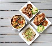 Тайские меню и космос еды 4 для слова стоковое фото
