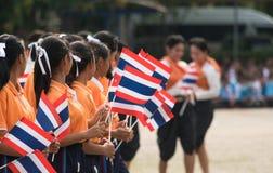 Тайские студенты участвуя церемония 100th aniversary  Стоковые Изображения