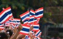 Тайские студенты участвуя церемония 100th aniversary  Стоковые Изображения RF