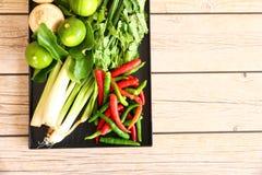 Тайские травы и специи супа Тома Яма стоковая фотография rf