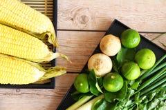 Тайские травы и специи супа Тома Яма стоковые изображения rf