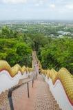 Тайские шаги виска Стоковое Изображение