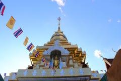 Тайский висок на верхней части горы в chiangmai, Таиланде Стоковая Фотография