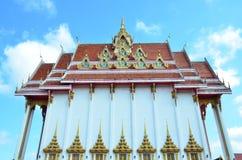 Тайский висок на Roi et Стоковые Фотографии RF
