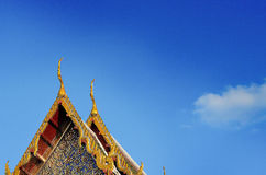 Тайский висок украшает крышу Стоковое Изображение