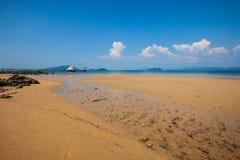 Тайский висок Chruch на море Стоковое Фото