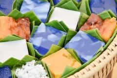 Тайский десерт в пакете лист банана стоковая фотография rf