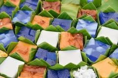 Тайский десерт в пакете лист банана стоковое фото