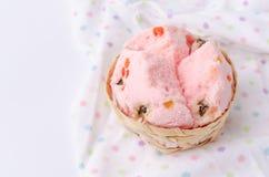 Тайский десерт, тайский испаренный торт чашки или торт ваты с сказочным Стоковые Изображения RF