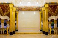 Тайский королевский интерьер здания Стоковые Фотографии RF