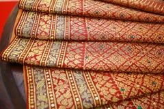 Тайский красиво сделанный по образцу шелк стоковые изображения rf