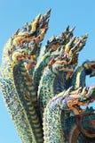 Тайский дракон, король статуи Naga в виске Таиланде. Стоковая Фотография RF