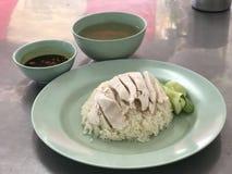 Тайский рис цыпленка с супом стоковое фото