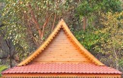 Тайский северный античный щипец павильона стиля стоковое изображение rf