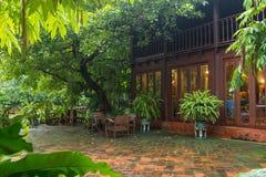 Тайский стиль сада стоковые фотографии rf