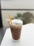Тайский чай льда на таблице Стоковая Фотография