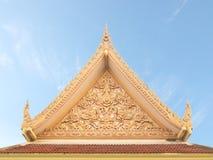 Тайский щипец буддийского виска с вершиной стоковое изображение