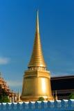 Золотистое chedi, Бангкок, Таиланд Стоковые Изображения RF