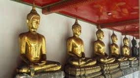 тайское Будды золотистое Стоковые Изображения