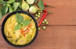Тайское карри зеленого цвета цыпленка, тайская еда Стоковое Фото