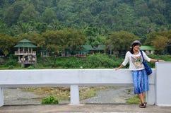 Тайское перемещение и портрет женщины на мосте Стоковые Изображения