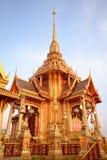 тайское crematorium королевское стоковые фотографии rf