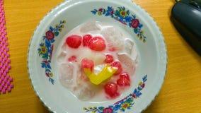 Тайское waterchestnut десерта в молоке кокоса Стоковое Фото