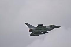 Тайфун Eurofighter на flypast Стоковая Фотография
