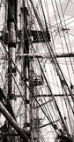 Такелажирование Cordage рангоута и веревочки на старом корабле ветрила Стоковая Фотография
