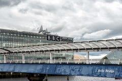 также броненосец как колоколы предпосылки наводит выставку Глазго конференции clyde центра известное над secc scottish реки Стоковая Фотография