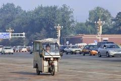 Такси мотора трицикла в центре города, Пекине, Китае Стоковое Фото