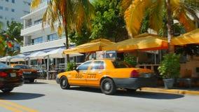 Такси на приводе Miami Beach океана акции видеоматериалы