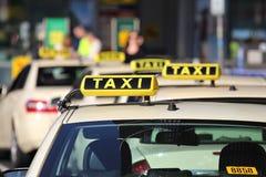 Такси стоковые изображения rf