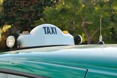 таксомотор знака melbourne стоковая фотография rf
