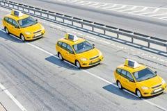 таксомотор 3 каравана стоковые изображения