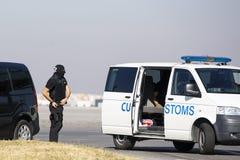Таможни и офицеры предохранения от границы стоковые изображения rf